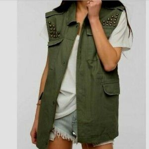 BDG URBAN OUTFITTERS MILITARY GREEN VEST